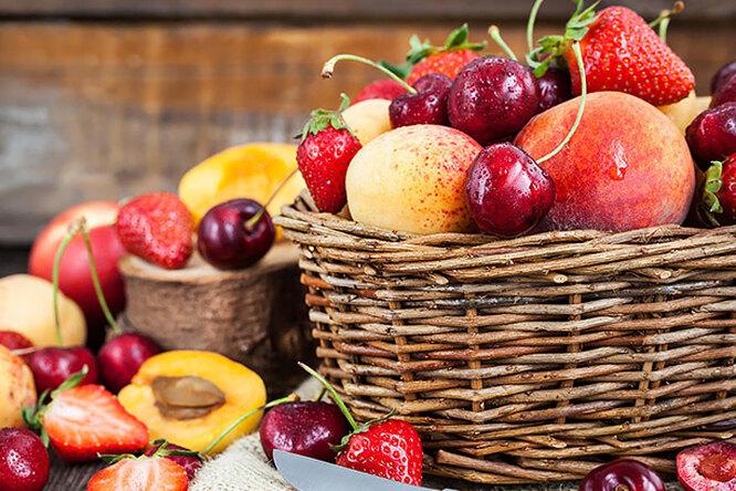 Как правильно хранить сезонные фрукты иягоды летом