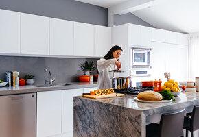 Несколько гениальных хитростей для уборки на кухне