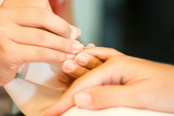 6 симптомов наваших ногтях, которых нестоит бояться. Иодин, которого стоит