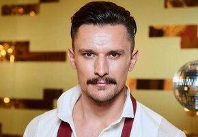 «2,5 месяца тренировок»: Тарас Цимбалюк показал мощный торс