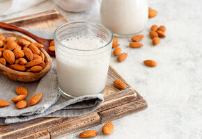 Овсяное, кокосовое, рисовое, соевое. Растительное молоко и рецепты с ним