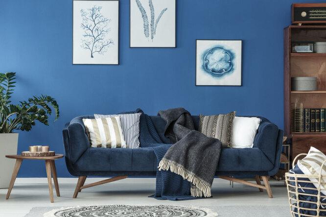 Темно-синий - цвет года, в том числе и в интерьере