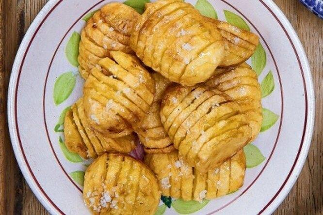 Запеченный картофель-гармошка