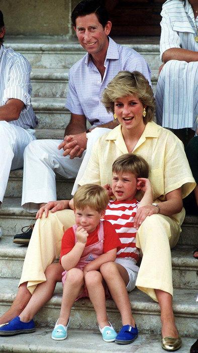 принцесса Диана с мужем и детьми