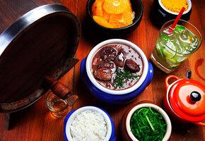Рецепты из бразильских сериалов: мокека, фейжоада и конфетки «бригадейрос»