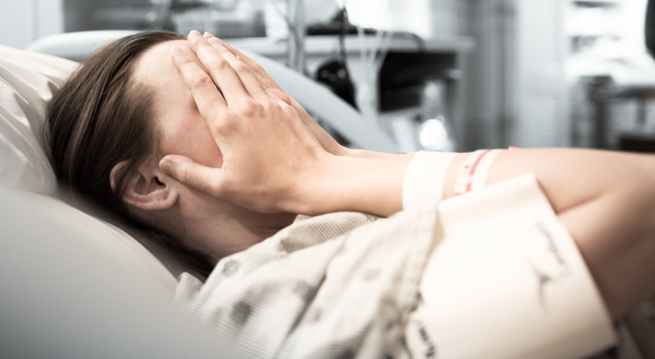 «Ребенок пинался, но меня нехотели слушать»: женщина родила живого сына после медикаментозного аборта