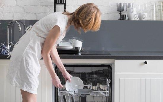 Роскошь или экономия: как выбрать посудомоечную машину ине прогадать