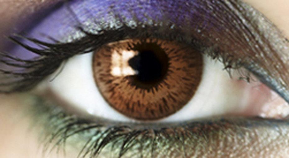 Тренд осени: цветные тени