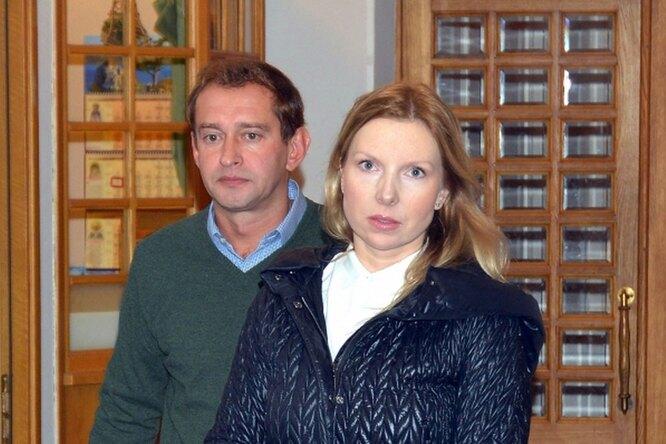 Жена Константина Хабенского получила зарождение ребенка шубу изискусственного меха вподарок