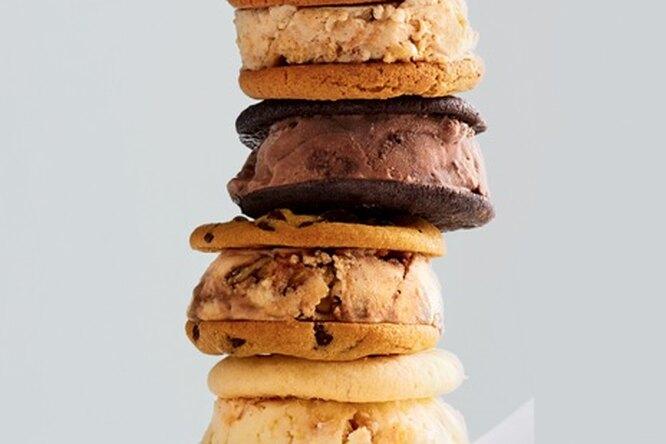 Ванильное мороженое с добавками