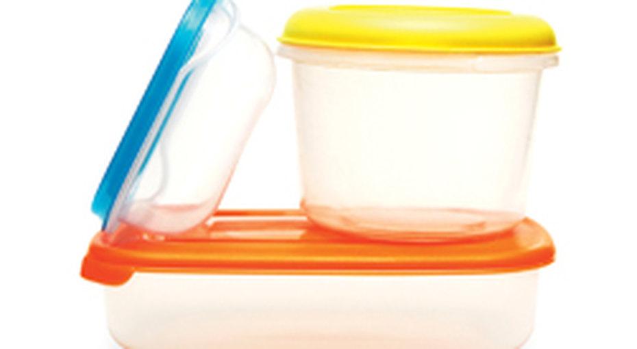 Практичное решение - пластиковые контейнеры