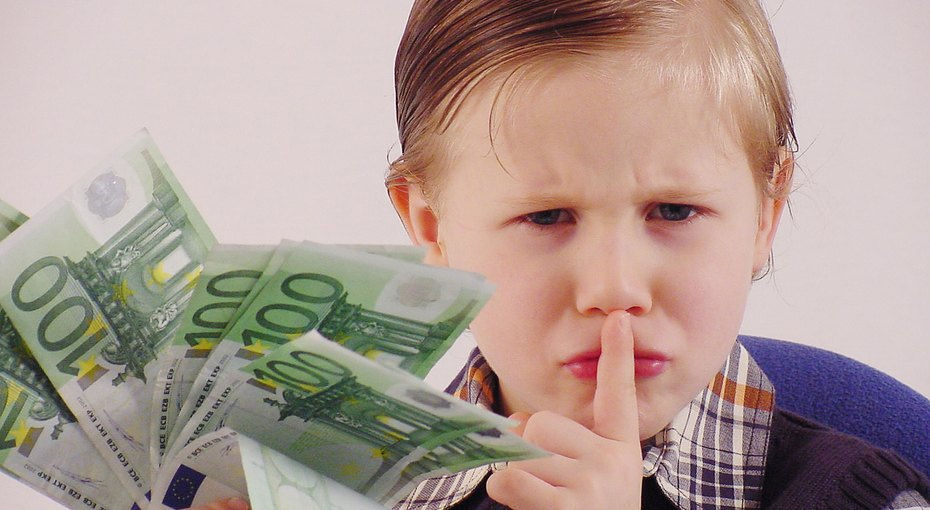 Девятилетний ребенок вГермании раздал соседям сбережения родителей