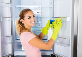 Морозилка и лишние продукты: готовим холодильник к праздникам