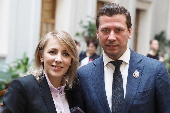 Андрей Мерзликин сженой исыном искупались впроруби вШвеции
