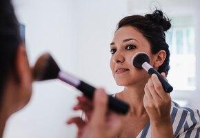 6 приемов в «возрастном» макияже, о которых лучше забыть