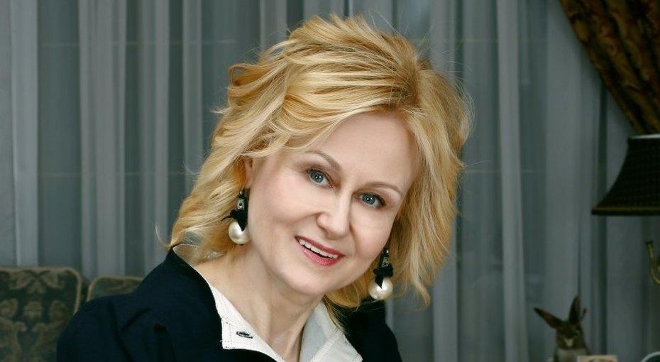 «Почему уменя неттакого мужа, как уподруги?» Дарья Донцова объяснила, как перестать завидовать иначать жить