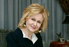«Почему у меня нет такого мужа, как у подруги?» Дарья Донцова объяснила, как перестать завидовать и начать жить