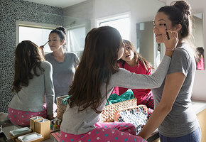 Как быстро накраситься: советы молодых мам для тех, у кого совсем нет времени
