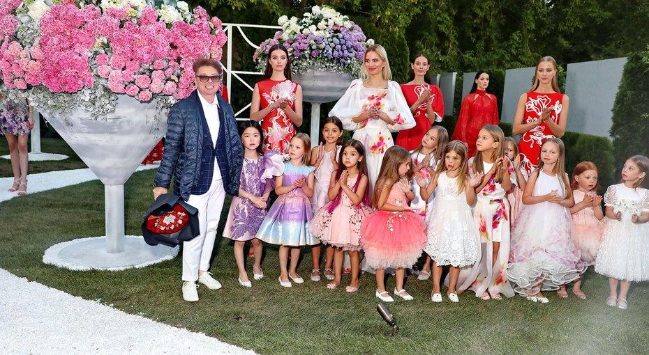 Валентин Юдашкин, Алена Бабенко идругие звезды нафестивале садов ицветов Moscow Flower Show