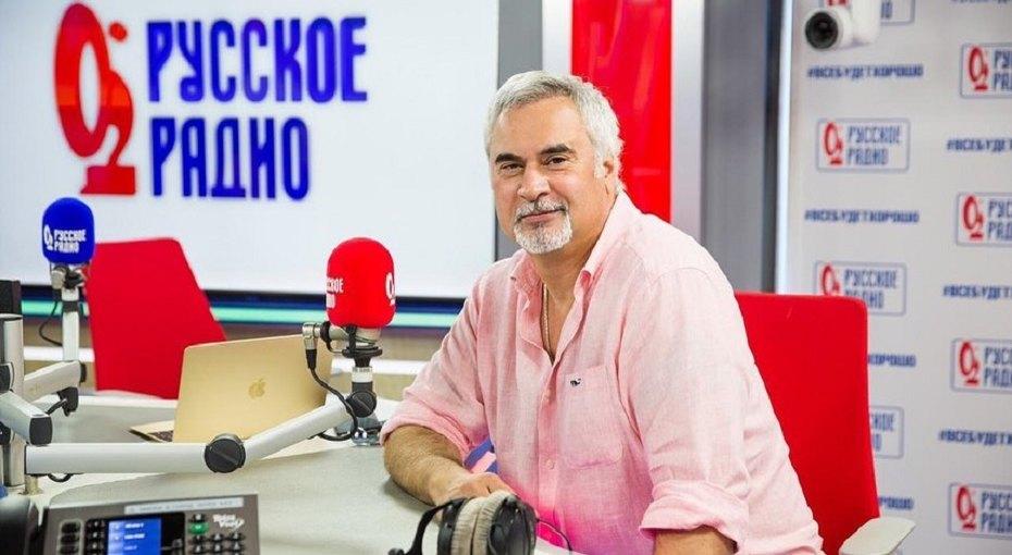 «Какие все красивые»: Валерий Меладзе выложил фото с85-летним отцом имамой