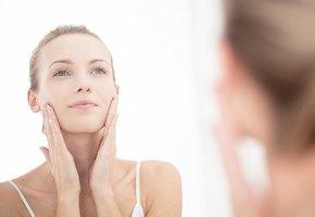 9 повседневных привычек, из-за которых появляются ранние морщины