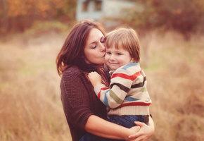 «Ребенку не нужна идеальная мать». Людмила Петрановская о родительских ловушках