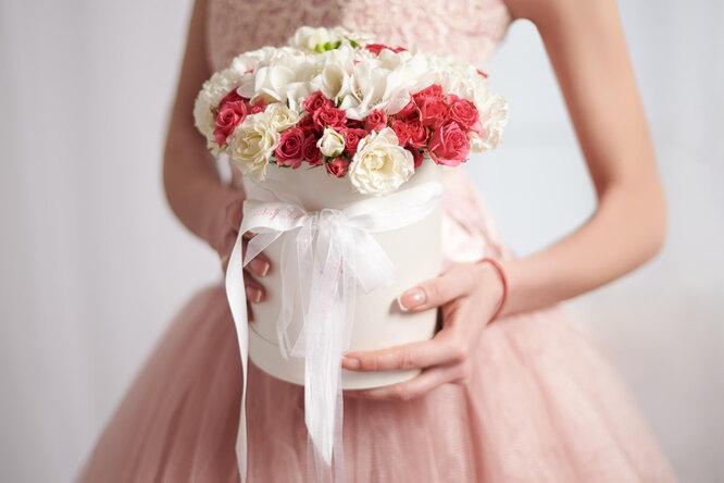 Месть новобрачной: невеста переиграла свекровь, надевшую белое платье насвадьбу