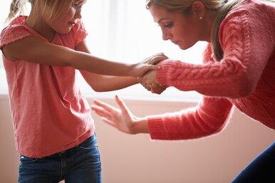 «Я невыдержала инесколько раз ударила ребенка». Но это же невы виноваты, правда?