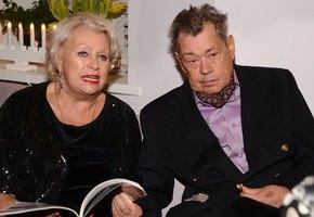 «Восхищаюсь ее терпением»: Елена Борзова показала, как выглядит 71-летняя вдова Николая Караченцова