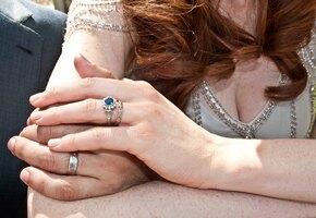 «Мне они так дороги»: невестка хочет забрать украшения, одолженные у золовки