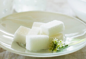 Для дома и дачи: 14 лайфхаков с сахаром