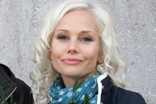 «Пришло время длясебя»: 47-летняя Елена Корикова намекнула, что вышла замуж