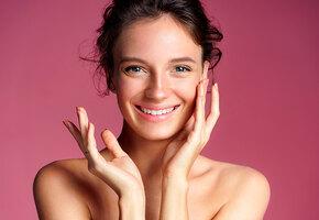 5 тональных кремов, которых не видно на лице, но они делают его красивее