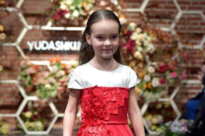 «А унас первая любовь»: 7-летняя дочь Филиппа Киркорова обсуждает сним поклонника