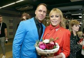 Стало известно, что возлюбленный Юлии Началовой воспитывает её сына