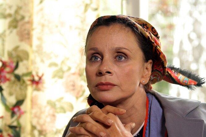 Внучка Любови Полищук удивительно похожа набабушку, считают подписчики