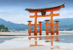 Как дамы в незавязанных кимоно создали японскую литературу