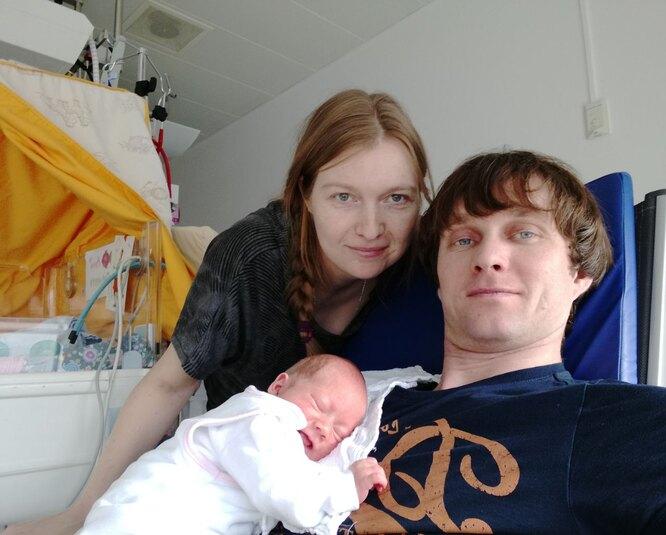 Наталья и Валентин Макаровы с дочерью