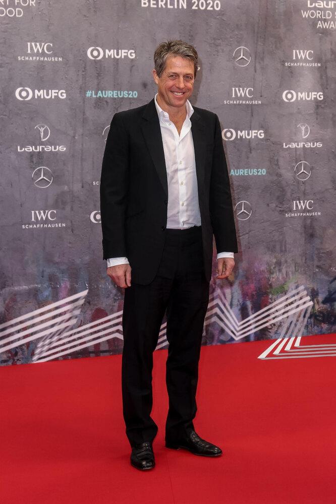 Хью Грант во время церемонии вручения премии Laureus World Sports Awards 2020 в Берлине