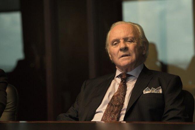 А как танцует! 83-летний Энтони Хопкинс отпраздновал «Оскар» дома уСельмы Хайек