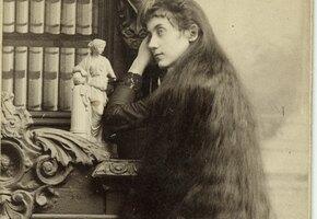 Любовь, богатство, разорение: длинные волосы в истории и судьбы их обладательниц