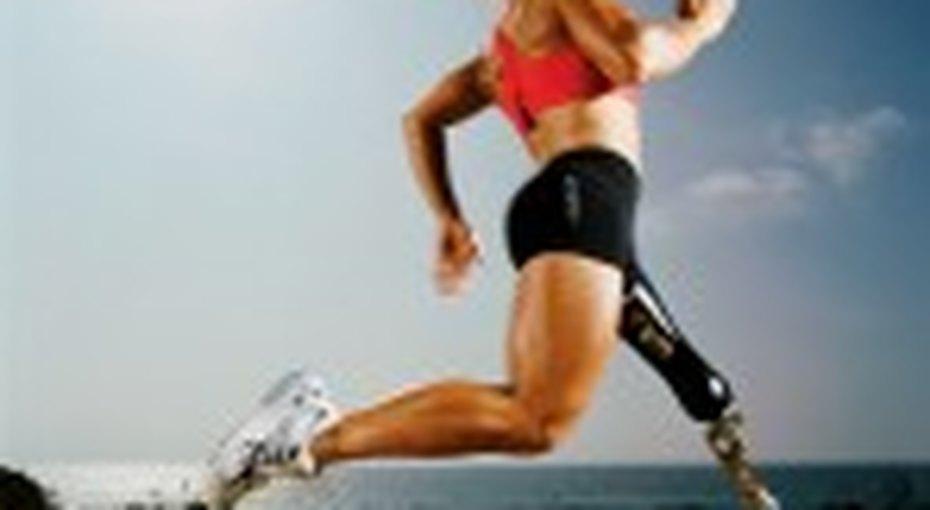 Сара Рейнертсен бьет все спортивные рекорды - безноги