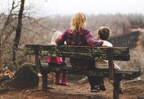 «Хотела растить ребёнка одна? Расти!» Как российские отцы бегают от алиментов