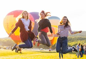 Гороскоп счастья и радости: что делает знаки зодиака счастливыми?