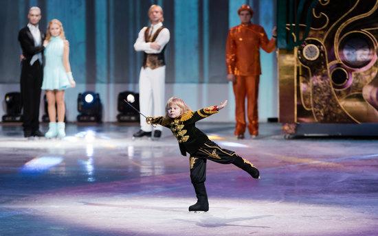 Евгений Плющенко, Яна Рудковская иКорпорация PMI представляют шоу-сказка нальду ссимфоническим оркестром «ЩЕЛКУНЧИК-2»