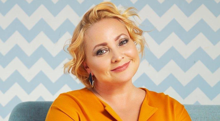 Светлана Пермякова пришла смолодым возлюбленным навыпускной дочери издетского сада