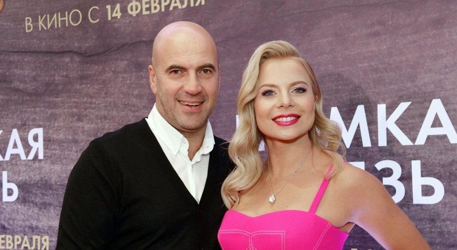 «А Славе показывать небудем»: возлюбленная Ростислава Хаита выложила фото внижнем белье