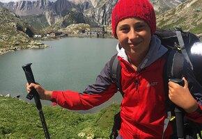 Миссия «Красная шапочка»: внук 93 дня шел через леса и горы к любимой бабушке