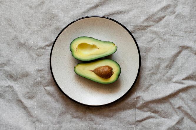 Авокадо, продукты с витамином E