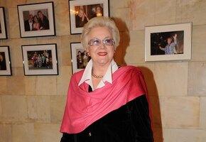 «Легендарная леди»: как выглядит в 81 год советская телеведущая Анна Шатилова